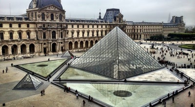 Photo of Art Museum Musée du Louvre (Louvre Museum) at Rue De Rivoli, Paris 75001, France