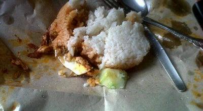 Photo of Breakfast Spot Warung roti canai cik usop(durian daun) at Durian Daun, Masjid tanah 78300, Malaysia