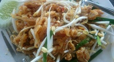 Photo of Asian Restaurant บ้านมะละกอ at ก๋วยเตี๋ยวปลาอินทรีย์, Klaeng, Thailand