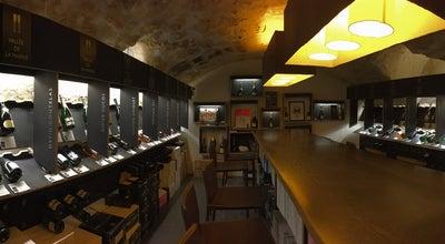 Photo of Wine Shop Dilettantes at 22 Rue De Savoie, Paris 75006, France