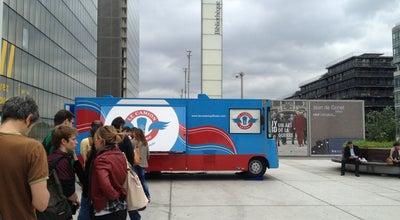 Photo of Food Truck Le Camion qui Fume – BNF at 132 Avenue De France, Paris 75013, France