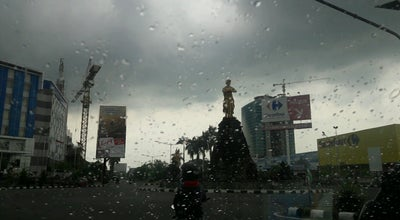 Photo of Monument / Landmark Bundaran Solo Baru at Jl. Raya Solo Baru, Sukoharjo 57552, Indonesia