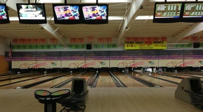 Photo of Bowling Alley Drakeshire Lanes at 35000 Grand River Ave., Farmington Hills, MI 48335, United States