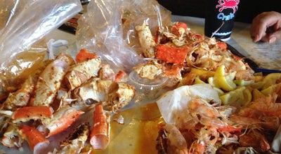Photo of Seafood Restaurant The Boiling Crab at 10875 Kinross Ave., Los Angeles, CA 90024, United States