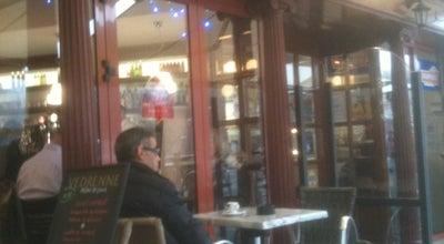 Photo of Bar Le Rond-Point at 2 Rue Du Val De Mayenne, Laval 53000, France