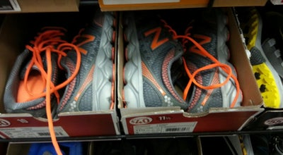 Photo of Shoe Store Famous Footwear at 3282 N John Young Pkwy, Kissimmee, FL 34741, United States