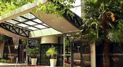 Photo of Hotel Mercure Porto Alegre Manhattan at R. Miguel Tostes, 30, Porto Alegre 90430-060, Brazil