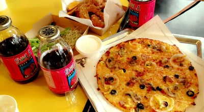 Photo of Pizza Place Yellow Cab Pizza Co. at Claro M. Recto Ave., Manila, Philippines