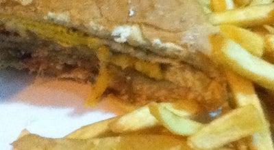 Photo of Burger Joint Renê Lanches at Praça Duque De Caxias, São José dos Campos, Brazil
