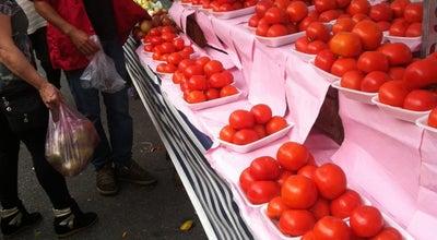 Photo of Farmers Market Feira de Rua at Rua José Do Patrocino, São Caetano Do Sul, Brazil