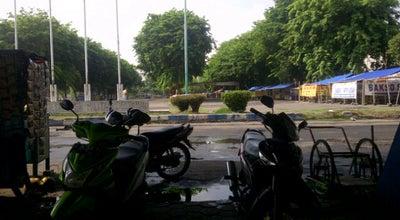 Photo of Skate Park Lapangan sepatu roda GOR Delta Sidoarjo at Jl. Pahlawan, Sidoarjo, Indonesia