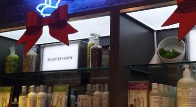 Photo of Cosmetics Shop Kiehl's at 841 Lexington Ave, New York, NY 10065, United States