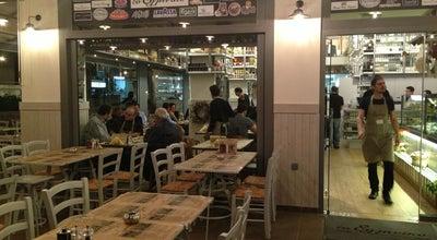 Photo of Meze Restaurant Το Ελληνικό at Λαζαράκη 28, Γλυφάδα, Greece