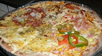 Photo of Pizza Place Pizzaria Nova Emily at Rua Arivaldo De Carvalho, Feira De Santana, Brazil