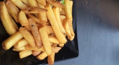 Photo of Burger Joint Kuhmuhne at Weintraubengasse 2, Nürnberg 90403, Germany