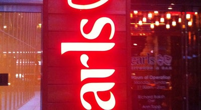 Photo of Bar Earls Kitchen & Bar at 150 King St. W., Toronto, ON M5H 2B6, Canada