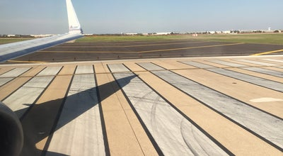 Photo of Airport Terminal DFW Runway at Dfw Airport, Grapevine, TX, United States