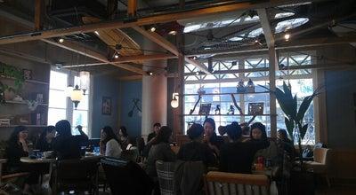 Photo of Hawaiian Restaurant ALOHA TABLE at 강남구 도산대로 318, 서울특별시, South Korea