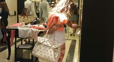 Photo of Boutique Massimo Dutti men&women at Calle Colón, 9, Valencia 46004, Spain