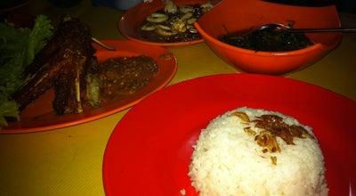 Photo of Asian Restaurant Ayam dan Ikan Bakar Permata at Jl. Cipadu Raya, Indonesia