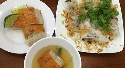 Photo of Vietnamese Restaurant Bánh Cuốn Thanh Vân at 14 Hàng Gà, Hoàn Kiếm, Vietnam