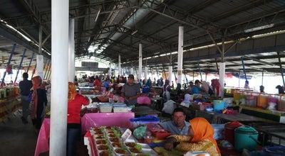 Photo of Food Truck Pasar Minggu Changkat Jering at Changkat Jering, Malaysia