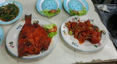 Photo of BBQ Joint Ikan Bakar Purnama at Kampung Nias V/48d, Padang, Indonesia