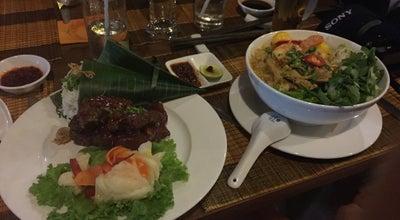 Photo of Vietnamese Restaurant Streets Restaurant Café at 17 Lê Lợi, Hội An, Vietnam