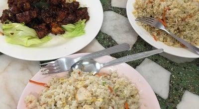 Photo of Chinese Restaurant Restoran Asam Seafood 亞三海鮮茶餐室 at 284-326 Jalan Sultan Abdul Samad, Banting 42700, Malaysia