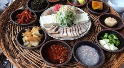 Photo of Ramen / Noodle House 궁림바지락칼국수 at 종로구 충신4길 31-4, 경주시, South Korea