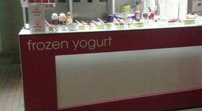 Photo of Frozen Yogurt Moochie Frozen Yogurt at Eiermarkt 9, Antwerpen 2000, Belgium