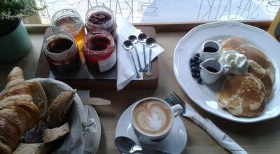Photo of Coffee Shop Bułkę przez Bibułkę at Puławska 24, Warszawa, Poland