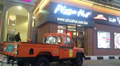 Photo of Italian Restaurant Pizza Hut Mangaf at Mangaf, Al Aḩmadī, Kuwait