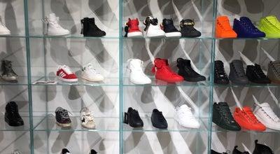 Photo of Boutique Jades at Heinrich-heine-allee 53, Düsseldorf 40213, Germany