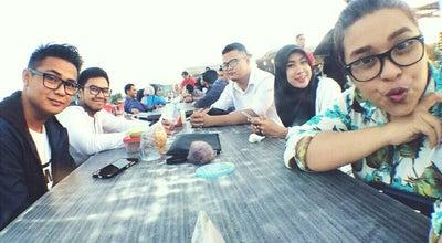 Photo of Cafe Villa Tranz Cafe & Resto at Jl. Teuku Umar, Samarinda, Indonesia