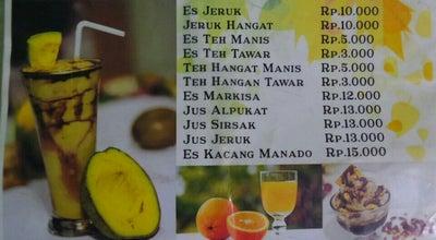 Photo of Chinese Restaurant Depot 33 at Jl. Gatot Subroto No.53, Palu 94112, Indonesia