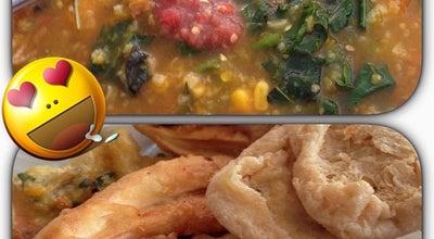 Photo of Vegetarian / Vegan Restaurant Tinutuan Bethesda at Jl. Bethesda, Manado 95116, Indonesia