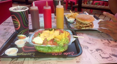 Photo of Fast Food Restaurant Hamburguesas El Corral at Carrera 6 Con Calle 13, Colombia