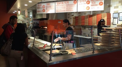 Photo of Pizza Place Blaze Pizza at 227 East Ontario Street, Chicago, IL 60611, United States