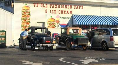 Photo of Ice Cream Shop Ye Ole Fashioned Ice Cream and Sandwich Cafe at 474 Savannah Hwy, Charleston, SC 29407, United States
