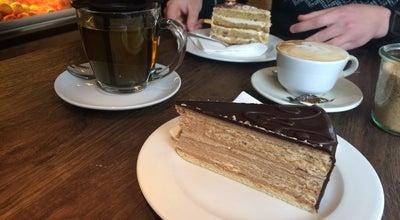 Photo of Cafe delmocca Kaffeerösterei und Kuchenbar at Clemensstr. 20, München 80803, Germany