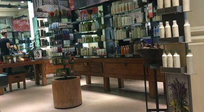 Photo of Spa Gina Conway Aveda Salon and Spa at 62 Westbourne Grove, Notting Hill W2 5SH, United Kingdom