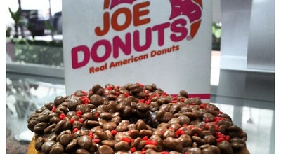 Photo of Donut Shop Joe Donuts at Centro Comercial Las Chimeneas, Local 511, Valencia 2001, Venezuela