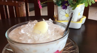 Photo of Dessert Shop บ้านกะทิ ทับทิมกรอบ at Thailand