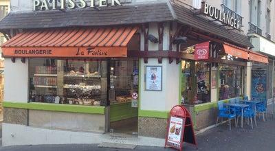 Photo of Bakery Boulangerie La Festive at 40 Rue Sorbier, Paris 75020, France