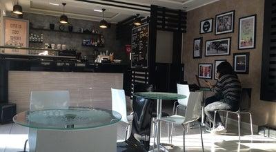 Photo of Cafe Friends Coffee at Rue Tahar Ben Achour, Monastir, Tunisia