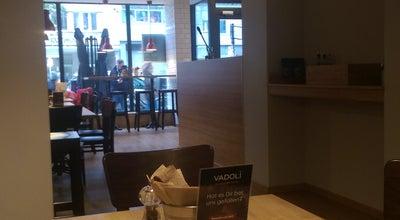 Photo of Pizza Place Vadoli at Kantstr. 55, Berlin 10627, Germany