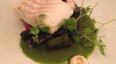 Photo of French Restaurant Sur le fil at 8 Rue Léopold Robert, Paris 75014, France