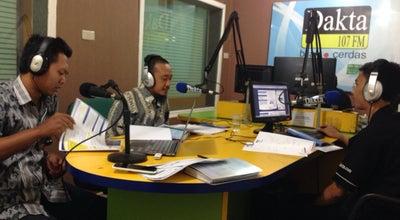 Photo of Music Venue Radio dakta 107 FM at Jl.kh Agus Salim, Bekasi Timur, Indonesia