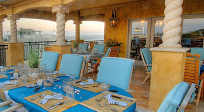 Photo of Hotel Bar Ocean Lodge at 935 Beachview Dr, St Simons Island, GA 31522, United States